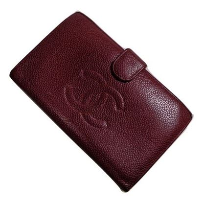 Image of Chanel CC bordeaux wallet