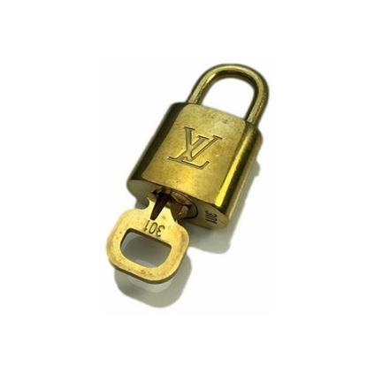 Image of Louis Vuitton padlock nr.  301