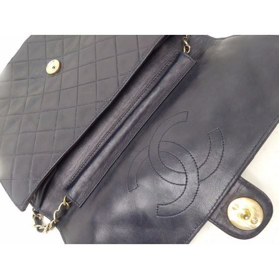 Picture of Chanel classic 2.55 medium flap bag