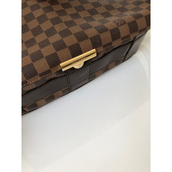 Picture of LOUIS VUITTON, N45258, BASTILLE messenger bag