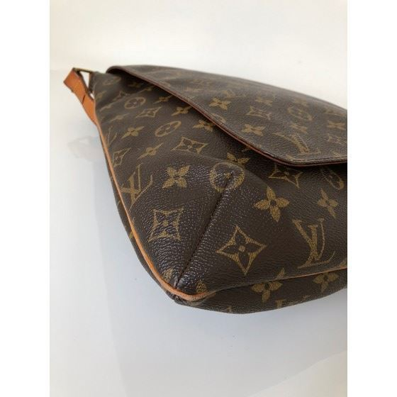 Picture of LOUIS VUITTON, SALSA musette monogram messenger bag